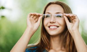 Очки корректируют зрение