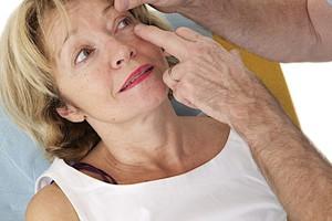 Как лечат катаракту